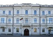 Kajdanki nałożone na działalność prawną organizacji broniących praw człowieka na Litwie
