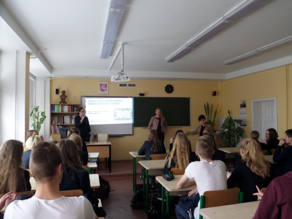 Zrozumieć prawa człowieka – warsztaty w Gimnazjum im. Adama Mickiewicza