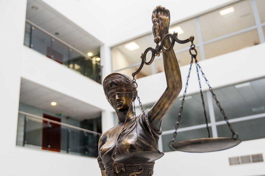 Sądy rozstrzygają problem pisowni imion i nazwisk – dwie nowe wygrane