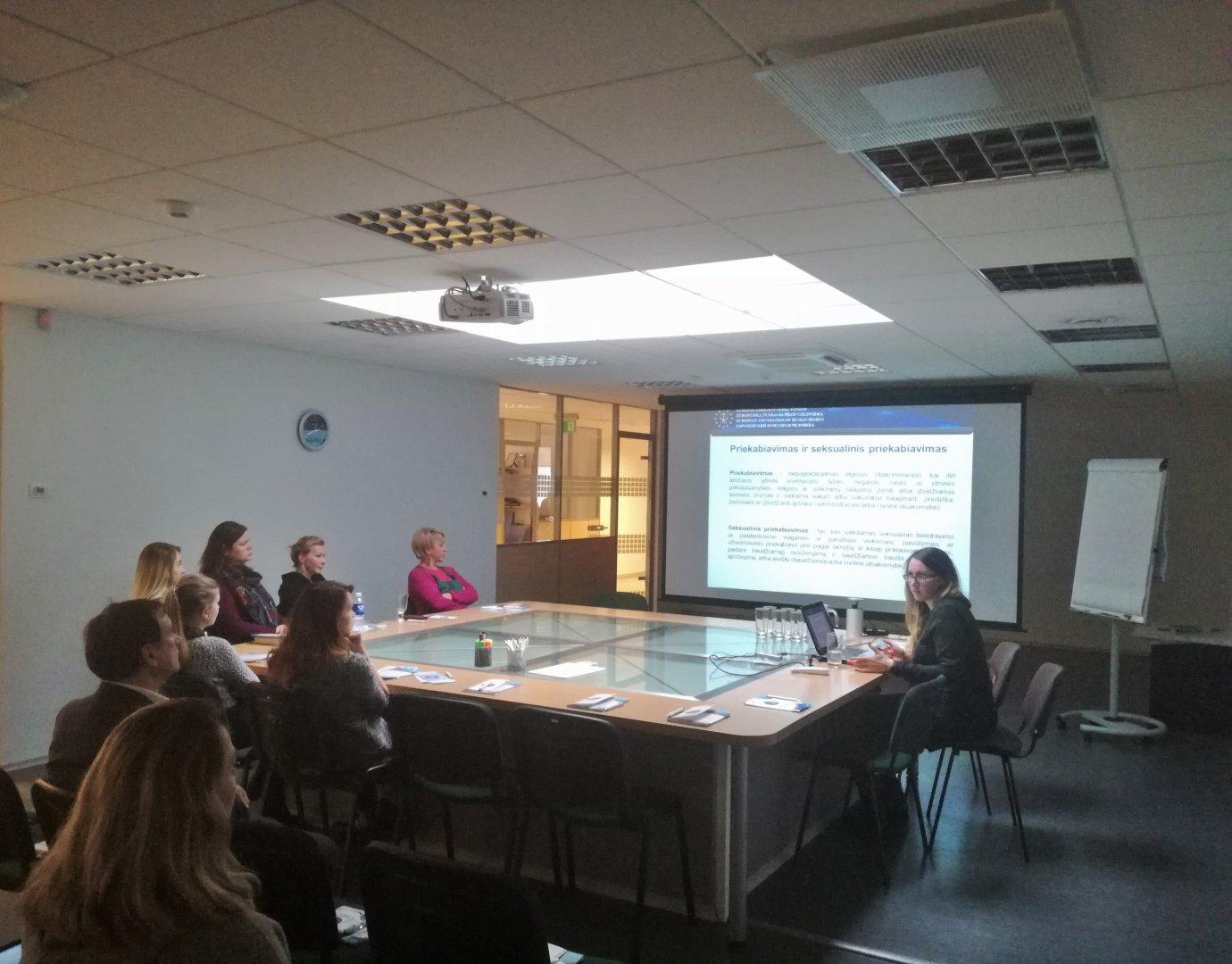 Szkolenie EFHR o równości i ochronie życia prywatnego w miejscu pracy